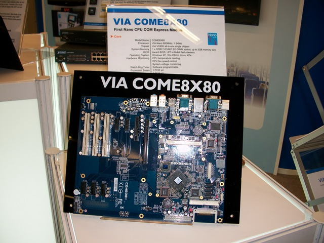 VIA_COME8X801 The First Nano CPU COM Express module